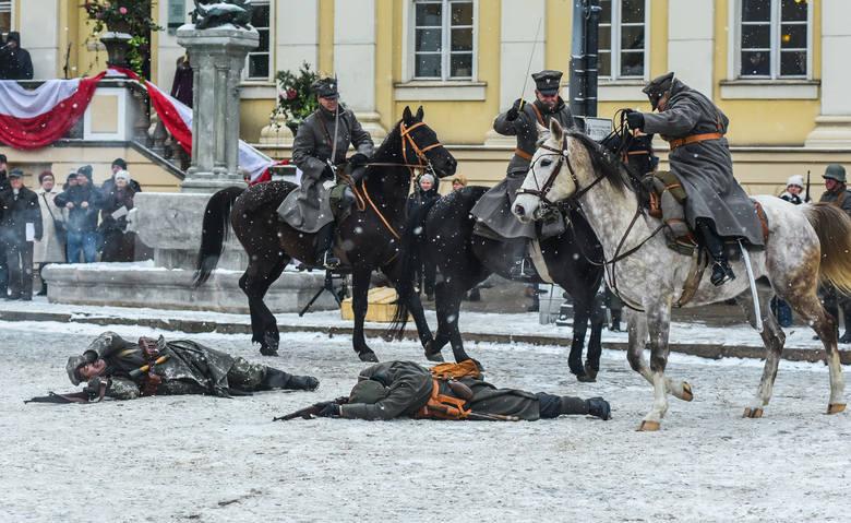 Wielka historyczna inscenizacja z rekonstruktorami z całej Polski, dawnymi pojazdami, końmi oraz pół tysiącem statystów odbędzie się w niedzielę (19
