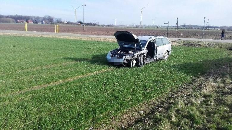 Dwie osoby zostały ranne w zderzeniu dwóch samochodów osobowych na drodze krajowej nr 6 w pobliżu Malechowa. - Jak udało nam się ustalić kierowca Volkswagena