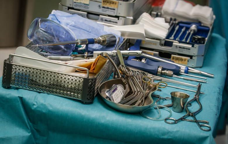 Neuromodulacja, czyli ciało przez mózg prądem leczone