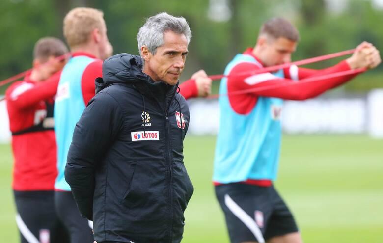 Przed Paulo Sousą pierwsze tak poważne wyzwanie w karierze trenerskiej, jakim jest poprowadzenie kadry narodowej na wielkim turnieju. Portugalczyk obejmując