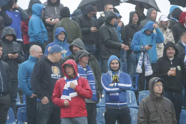W 31. kolejce II ligi Elana Toruń pokonała na wyjeździe Ruch Chorzów 2:1 (2:1). Bramki dla Elany zdobyli Michał Kołodziejski (8) i Maciej Stefanowicz