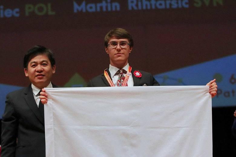 Młody chemik z Lublina zdobył srebro w Tajlandii