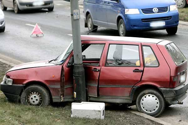 Wypadek na ul. Krakowskiej w Rzeszowie. Jedna osoba jest ranna (mapa)