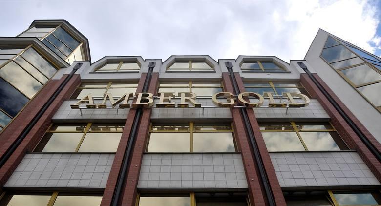 Jedna z najgłośniejszych spraw dotyczących oszustw finansowych w Polsce dobiega końca. W poniedziałek sąd ogłosi wyrok w sprawie Marcina i Katarzyny P. odpowiedzialnych za aferę Amber Gold. Wśród oszukanych nie brakuje też Wielkopolan.