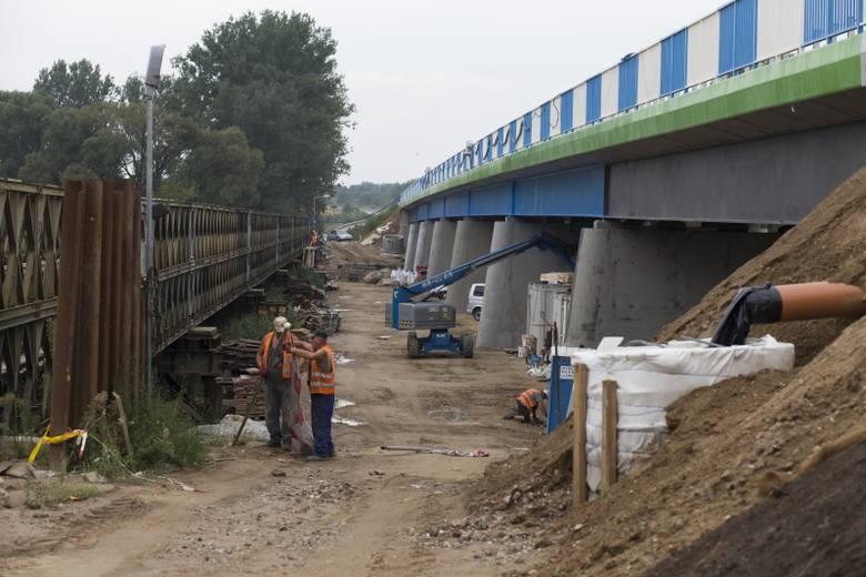 Bokiny: Most nad rzeką Narew już gotowy (zdjęcia)