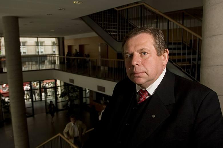 Dziekan Okręgowej Rady Adwokackiej: Nie ma zgody na wyłudzanie pieniędzy przez adwokatów (ROZMOWA)