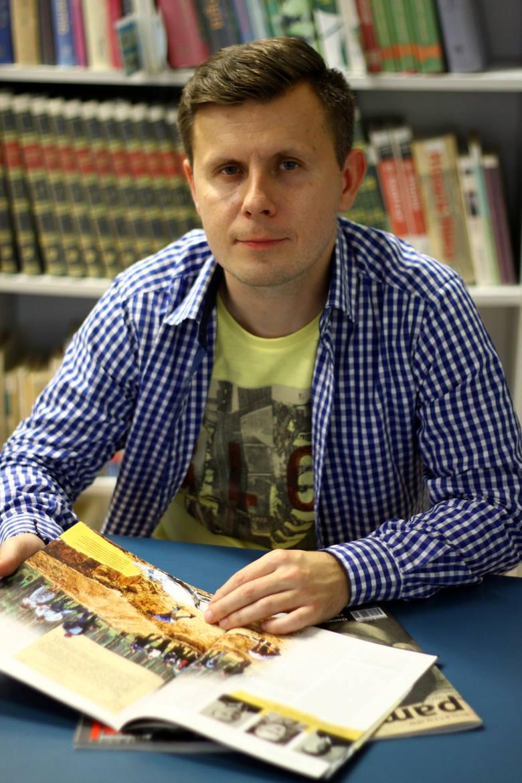 Dr hab. Marcin Kruszyński: Władza wysyłała na studia synów chłopów i robotników, a oni czytali książki i wiedzieli, że istnieje Paryż. Nie dało się tego
