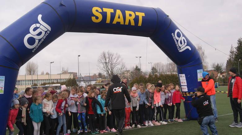 VIII Skierniewicki Bieg Wagarowicza odbył się w pierwszy dzień wiosny, czyli 21 marca na boisku bocznym OSiR. Było to kilka godzin spędzonych na aktywnej formie wypoczynku.