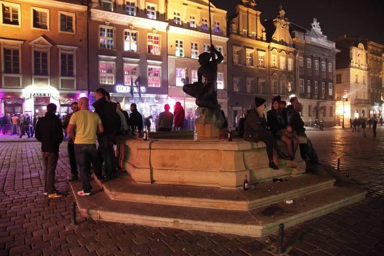Stary Rynek w Poznaniu nocą