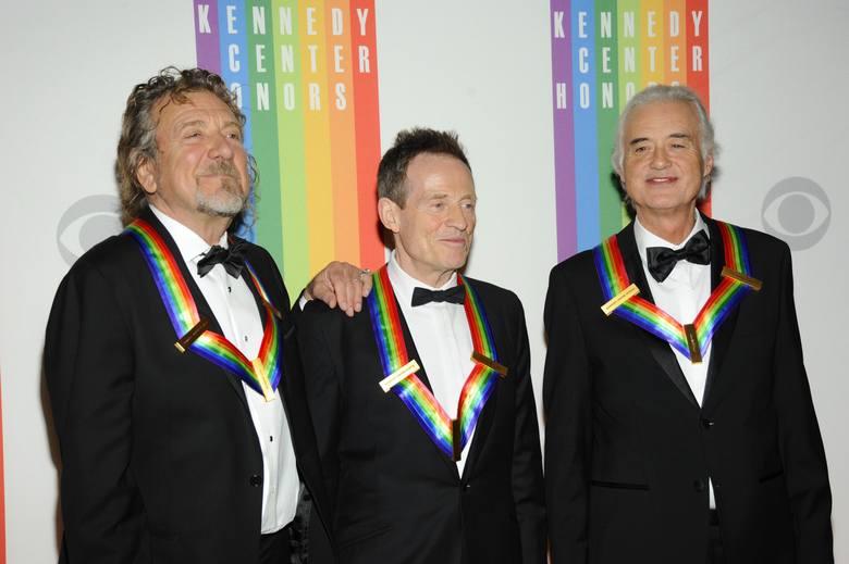 Robert Plant, John Paul Jones i Jimmy Page - członkowie grupy Led Zeppelin. Czwarty muzyk zespołu, perkusista John Bonham, nie żyje