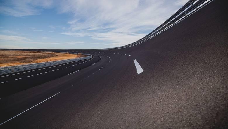 Początek testów w nowym centrum testowym Nokian Tyres w Santa Cruz de la Zarza w Hiszpanii