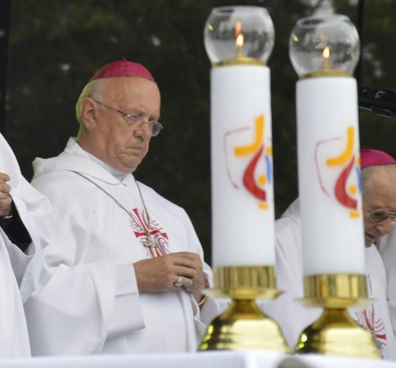 Ksiądz Józef Zawitkowski, emerytowany biskup pomocniczy diecezji łowickiej