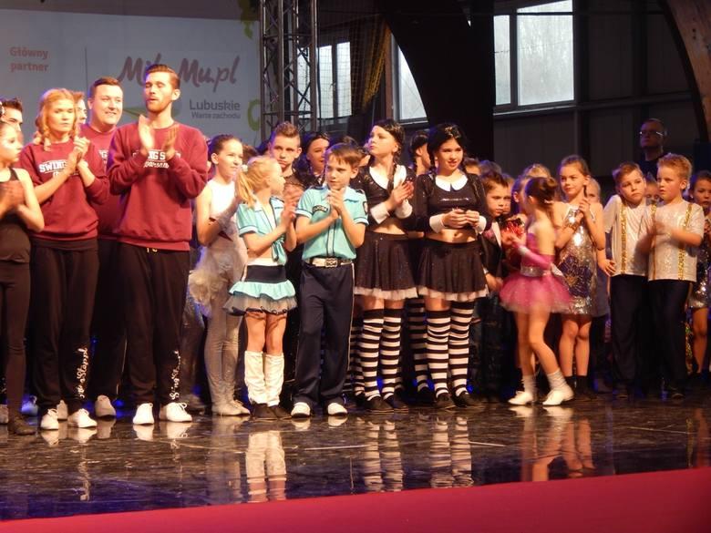 W zielonogórskim Drzonkowie odbyły się mistrzostw Polski w rock`n rollu i boogie woogie. Pod jednym dachem spotkało się 390 zawodników z całego kraju.