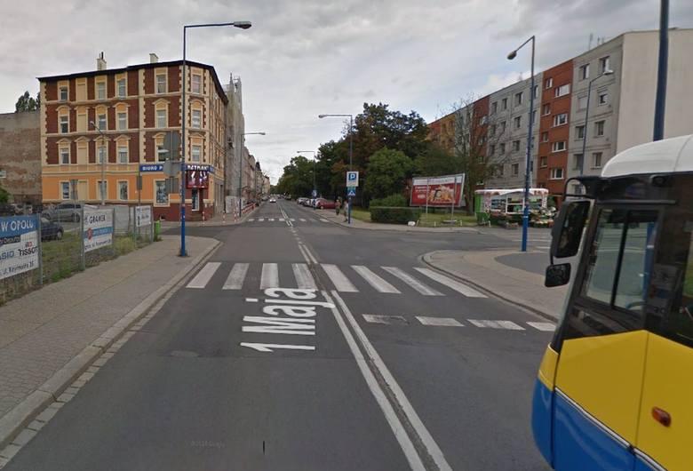 Numerem jeden na policyjnej liście niebezpiecznych przejść jest ulica 1 Maja. Dotąd nie doszło tam do potrącenia, jednak wszystkie przejścia w ciągu