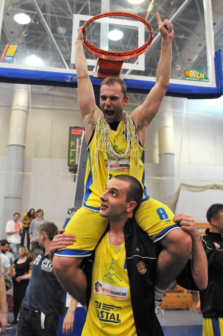 10 lat temu - 29 kwietnia 2010 roku - zielonogórscy koszykarze awansowali do ekstraklasy, w której grają do dziś.Aż dziesięć lat bili się o powrót do