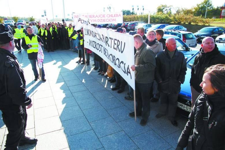 Kiedy Tadeusz Płatnicki pozwał Barter SA, przed sądem zaprotestowali jej pracownicy. Bali się, że przez ten konflikt firma zmieni siedzibę, a oni stracą