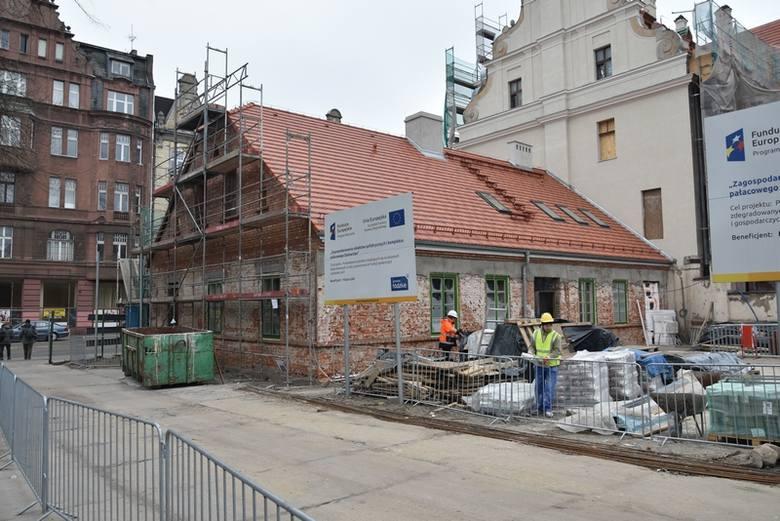 Remont pałacu Steinertów zmierza do finału. Trwają prace wykończeniowe i renowacyjne