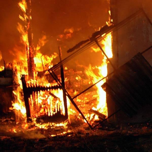 Z ostatniej chwili: pożar fermy drobiu w Lutoryżu. Spłonęło kilka tysięcy kur (mapa)