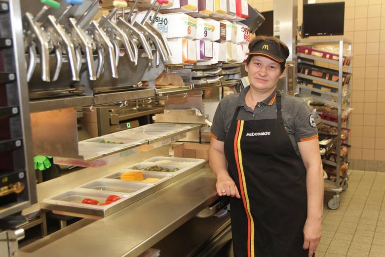 W McDonald's pracują osoby w różnym wieku i wszyscy się dobrze dogadujemy