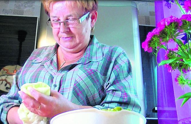 Janina Nowicka z Zielonej Góry podzieliła się z nami rodzinną potrawą – gołąbkami w kiszonej kapuście. Palce lizać!