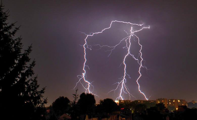 Burze z gradem i upały. Meteorolodzy ostrzegają mieszkańców Podkarpacia [30.08]