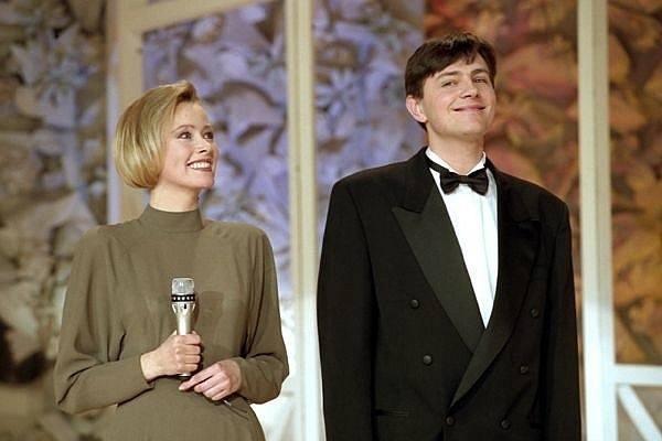 Top 13 telewizyjnej rozrywki z lat 90. Co pamiętamy, a o czym chcielibyśmy zapomnieć?