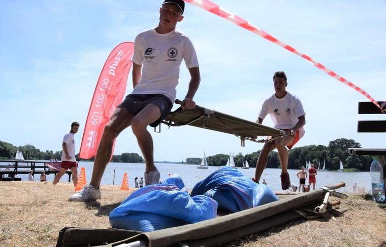 W Kruszwicy na jez. Gopło odbyły się XII Mistrzostwa Województwa Kujawsko-Pomorskiego w Ratownictwie Wodnym. Rywalizowało 15 zespołów ratowników reprezentujących: