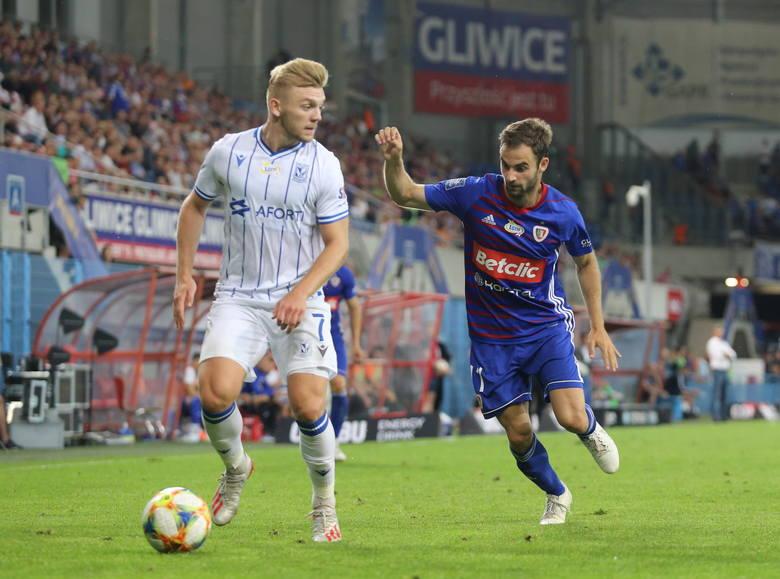 Mistrz Polski zaczynał ligowy sezon z tym samym rywalem, z którym kończył poprzedni, czyli Lechem Poznań