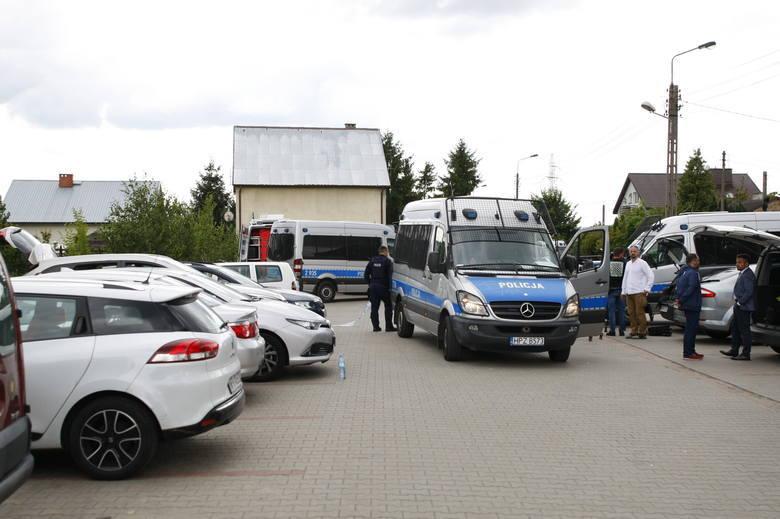W 10. dobie poszukiwań zaginionego Dawida Żukowskiego, policjanci znaleźli jego ciało, ukryte przy zalewisku znajdującym się obok węzłą Pruszków autostrady