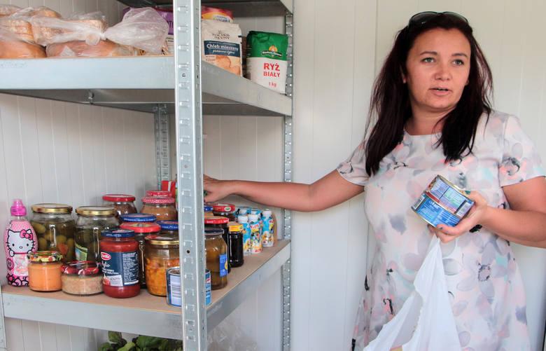 Drugą jadłodzielnię uruchomiono na placu przy pętli autobusowej w Mniszku, którą opiekować się będzie wolontariuszka Małgorzata Gajdowska.