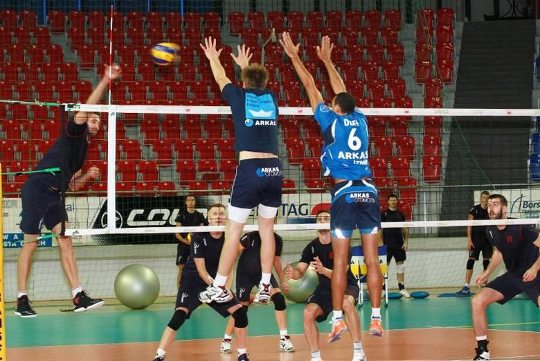 Wczorajszy wspólny trening zespołów Zaksy Kędzierzyn-Koźle i Arkasu Izmir.