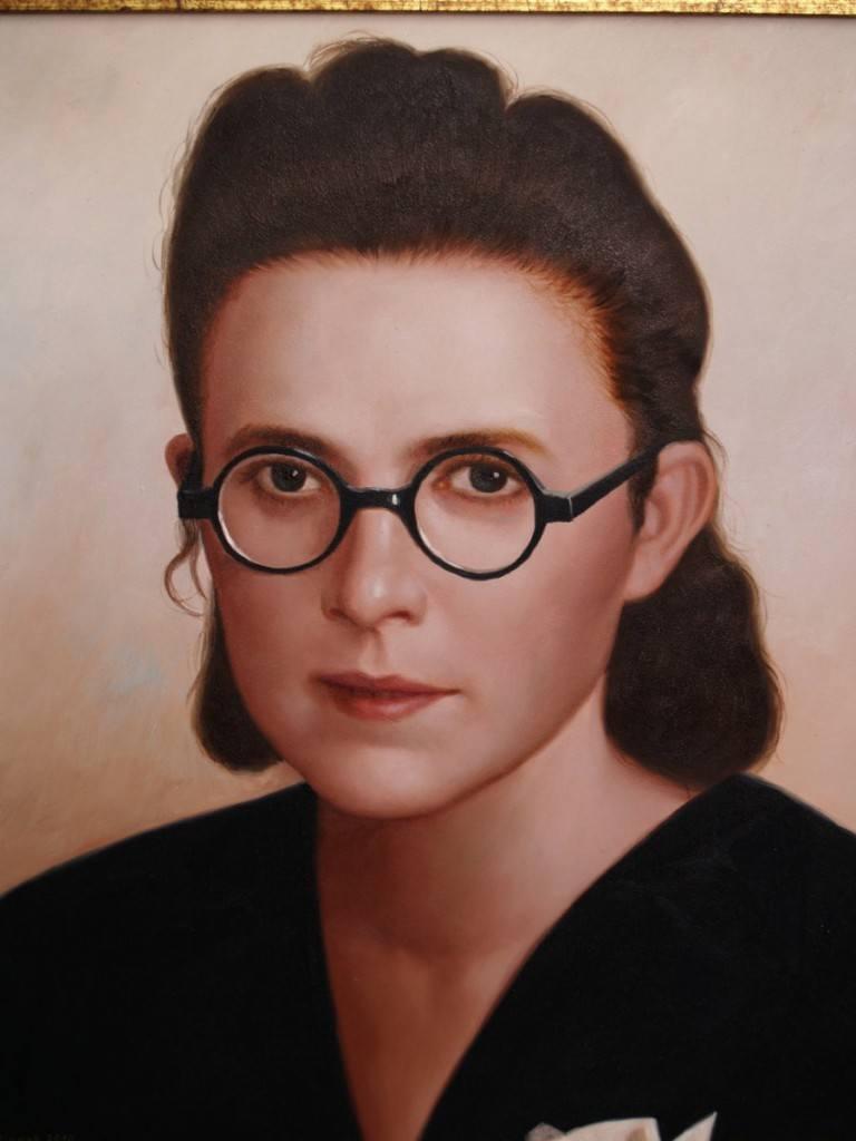 W niemieckim obozie zagłady Stefania Łącka otrzymała numer 6886. Działała tam w ruchu oporu, a jako sekretarka blokowa zdołała ocalić wiele istnień ludzkich