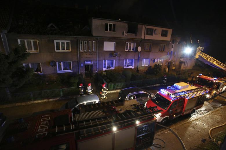 Do zdarzenia doszło na drugim piętrze kamienicy przy ulicy Fałata w Słupsku.