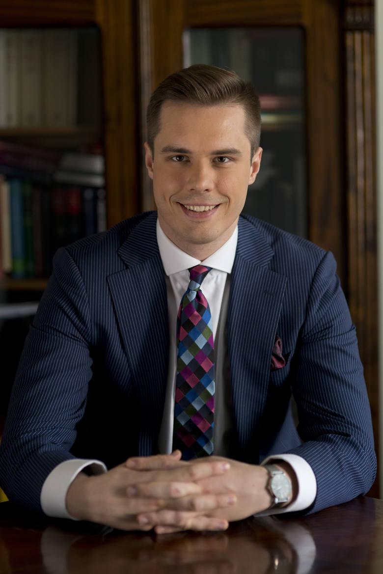 Mateusz Sieniewicz, adwokat
