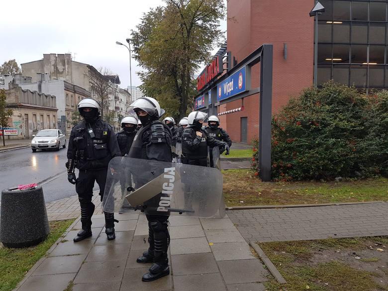 Derby Łodzi 2016 i protest kibiców Widzewa: Zamieszki i awantura w centrum Łodzi