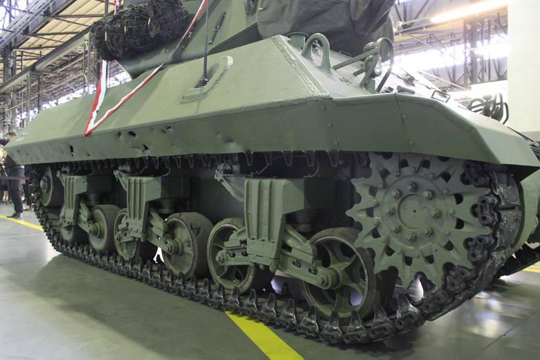 Wojskowe Zakłady Motoryzacyjne w Poznaniu przekazały do Muzeum Broni Pancernej brytyjski niszczyciel czołgów Achilles. To jedyny egzemplarz muzealny