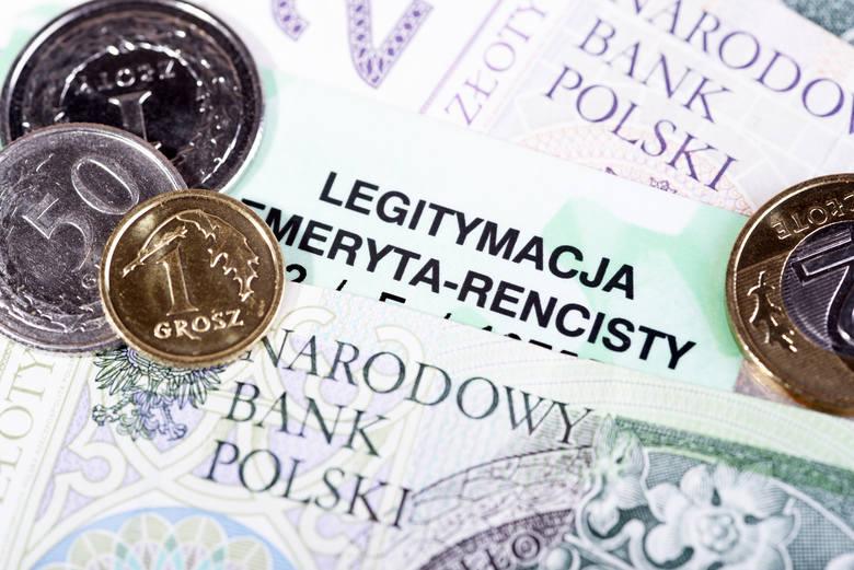 Emerytury i renty, jak co roku, były największą kategorią wydatków publicznych. Przeciętny mieszkaniec Polski wydał na nie 7379 zł.