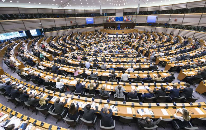 """Europoseł Jan Olbrycht: """"Nikt się nie spodziewał, że kryzys przyjdzie tak szybko i w takiej formie"""""""