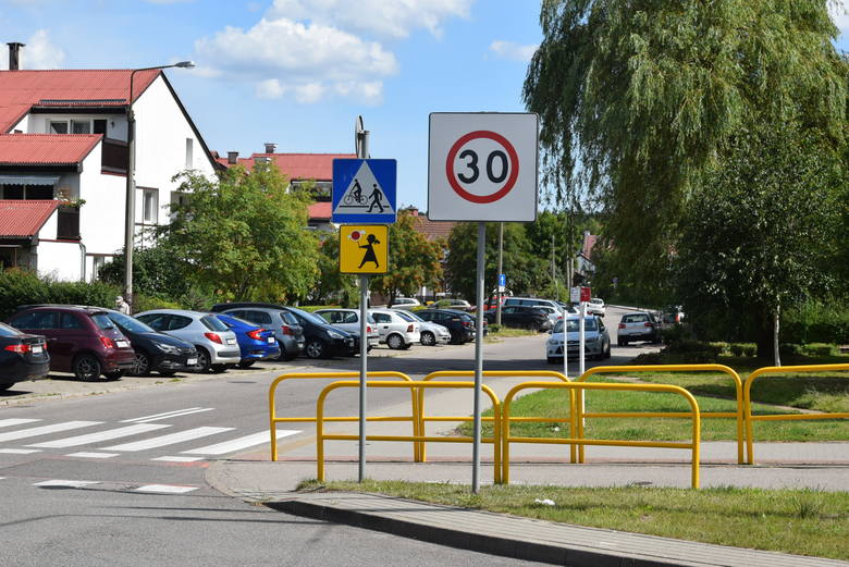 Gdynia. Sto przejść dla pieszych ma zostać dodatkowo doświetlonych. Na 36 z nich będzie bezpieczniej już w przyszłym roku
