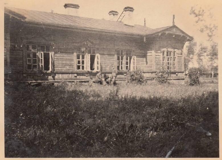 19. 1944, Kwatera wojsk Wehrmachtu w Skierniewicach.