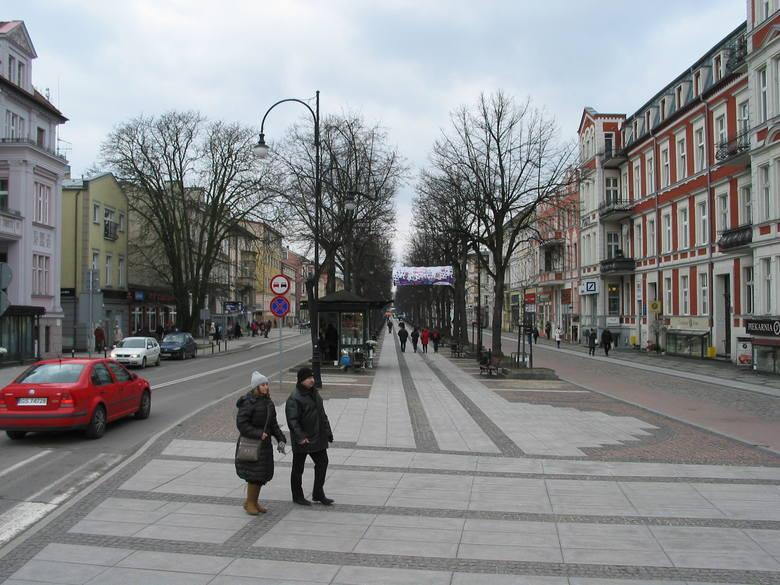 Marzec 2017 r., początek zrewitalizowanej alei Wojska Polskiego