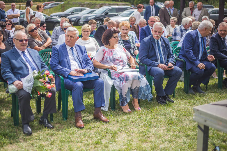 - Nie zostawimy rolników  w sytuacji kryzysowej, jakiej nie było od lat - zapewnia Ryszard Zarudzki, wiceminister rolnictwa.