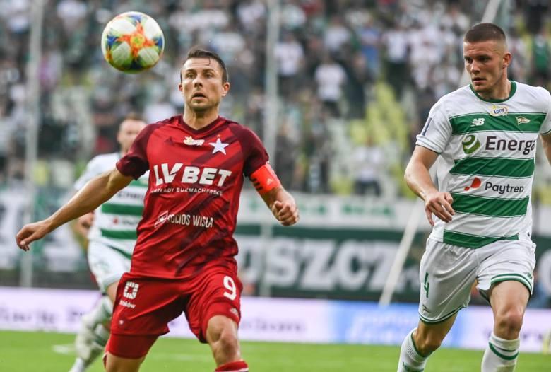 """Rafał Boguski piłkarzem Wisły Kraków jest od 2006 roku. Przez czternaście lat przeżył już w ekipie """"Białej Gwiazdy"""" wiele okresów przygotowawczych"""