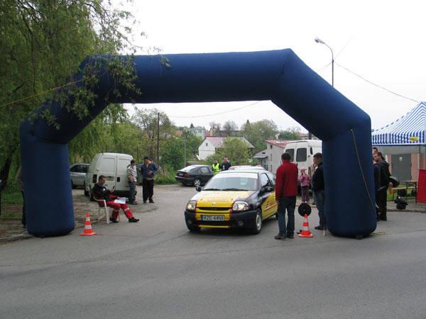 Wyścigi samochodowe w PrzemyśluZawody samochodowe w Przemyślu - Super Sprint SziK 2010 Kazanów.
