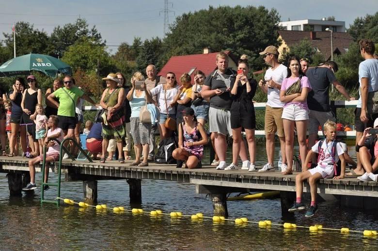 Ósmy etap sportowych zmagań - Garmin Iron Triathlon za nami. Tym razem uczestnicy wystartowali z plaży nad Niskim Brodnem w Brodnicy. Zawodnicy do wyboru