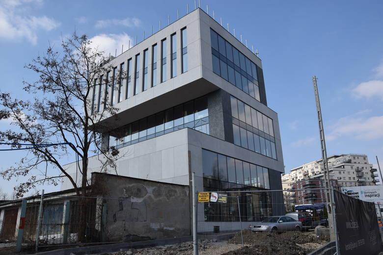 Biurowiec 3QUBES przy ulicy Ściegiennego w Katowicach