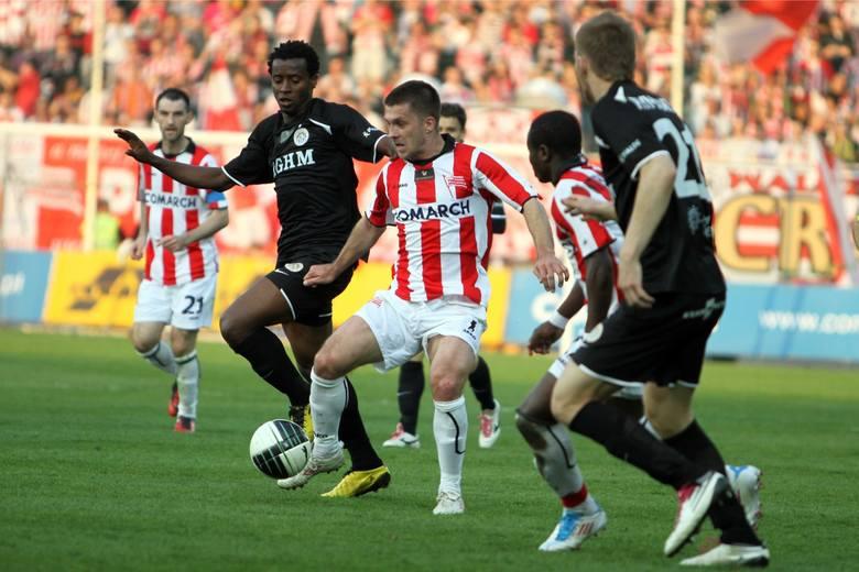 Piotr Giza grał w Cracovii w latach 2002 - 2007 oraz wiosną 2011. W 84 meczach w jej barwach w ekstraklasie zdobył 16 goli. Obecnie jest treneremdrugiej