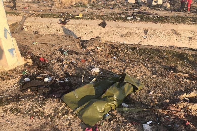 Katastrofa samolotu UIA w Iranie. Jest nagranie [WIDEO] [ZDJĘCIA] Boeing 737 rozbił się koło Teheranu, zginęło 176 osób