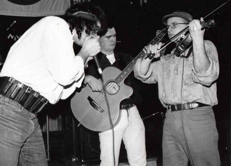 """Nocna Zmiana Bluesa i Tomasz Kamiński na festiwalu Blues Meeting w 1996 r. w klubie """"Od Nowa"""""""