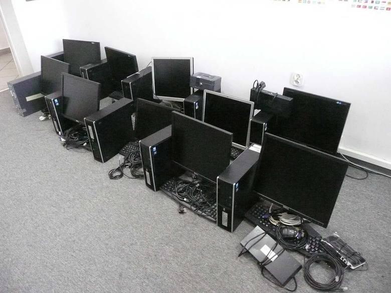 W Sieradzu zamontowano pięć automatów do gier w komputerach